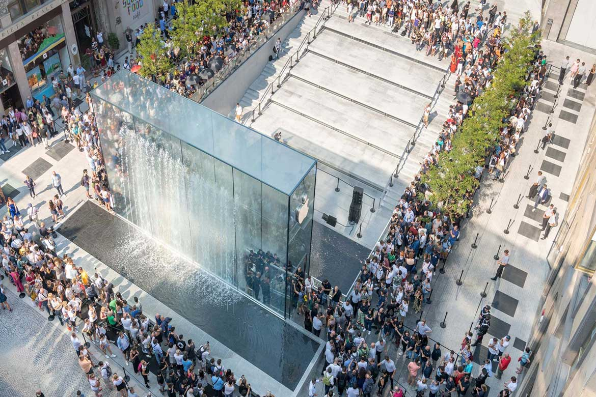 Apple Glass Store Milan Architecture Norman Foster Partners Linesmag