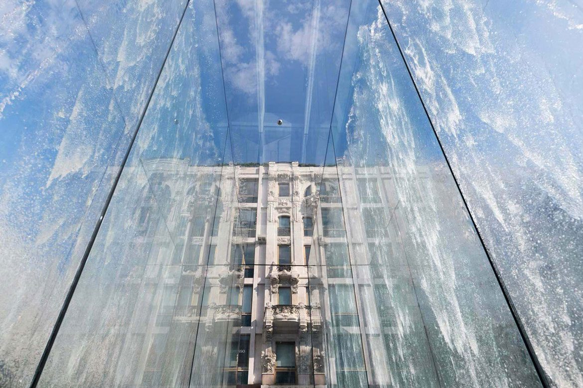 Stepped Plaza Apple Glass Store Milan Architecture Norman Foster Partners Linesmag