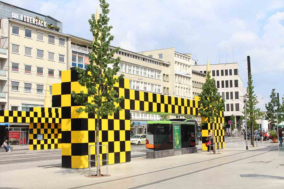 Design & Architecture Hannover GuideSteintor_tram_and_bus_Stop_Linesmag_1