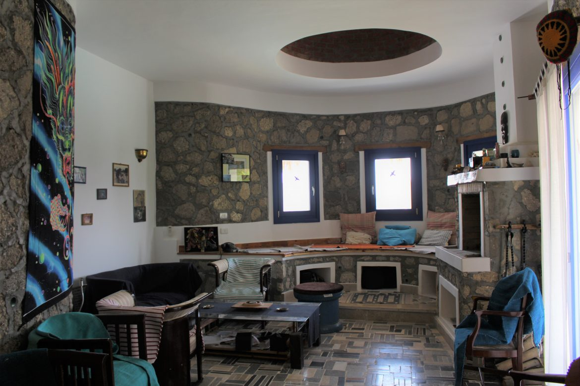 Interior of the main house made of recycled concrete