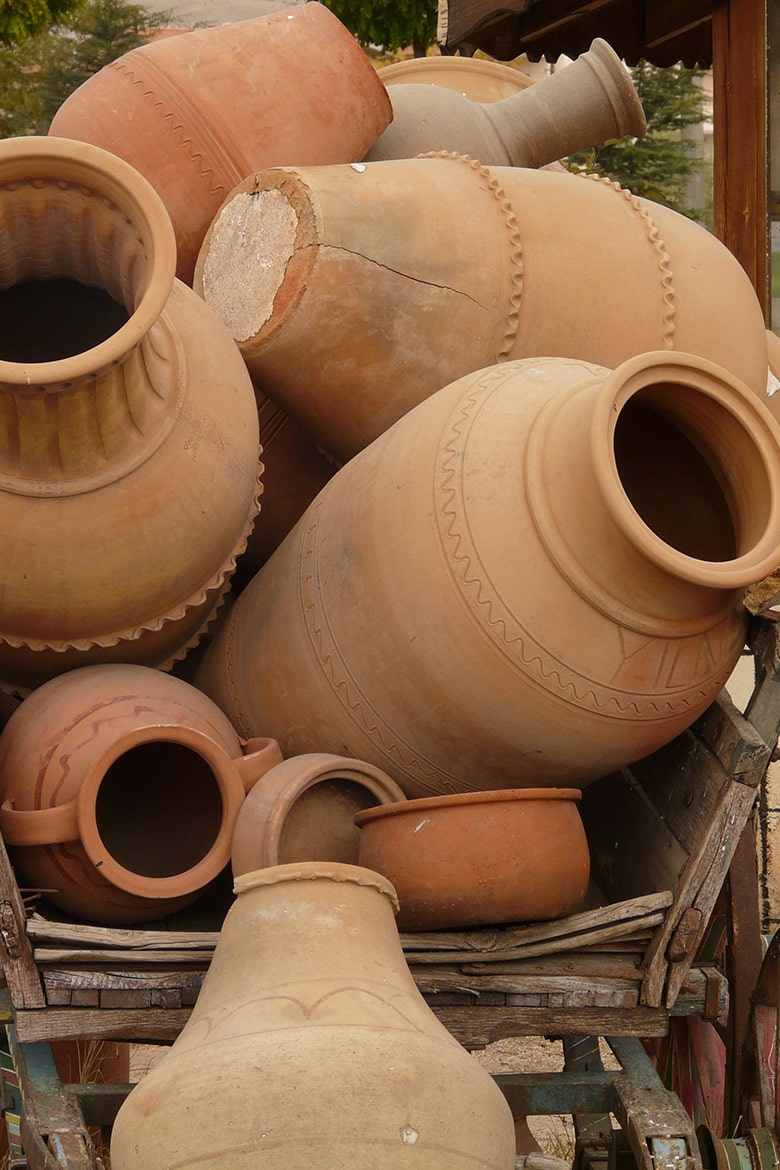 Pottery Linesmag